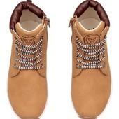 H&M Фірмове спортивне взуття