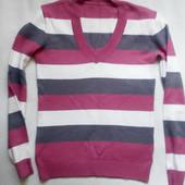 Кофточка, свитерок на размер М.