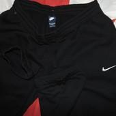 Фирменние спортивние штани брюки байковие оригинал .хл-2хл.