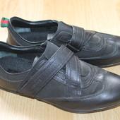 Классные спортивные кожаные туфли Gucci