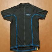 велосипедная футболка на замке для спорта.Crivit/Германия.