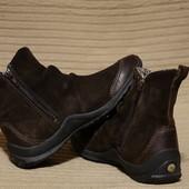Фирменные комбинированные кожаные спортивные полусапожки Merrell США 6