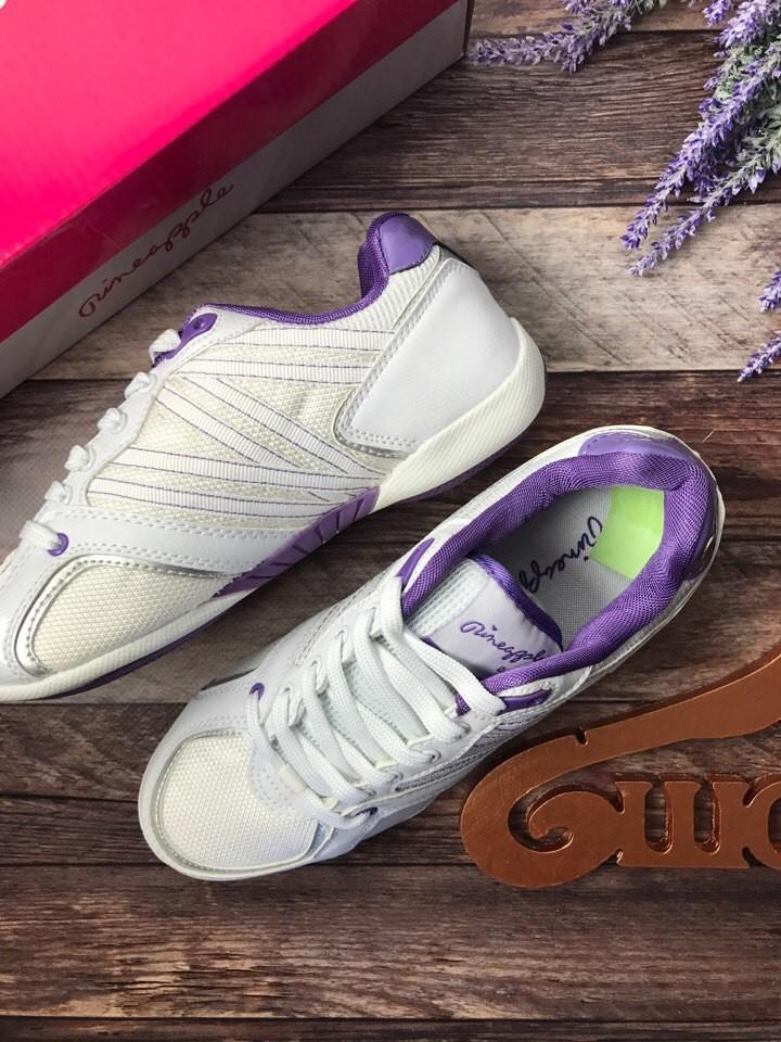 Фирменные кроссовки деликатного фасона в стиле «городской шик»   sh1431 фото №4
