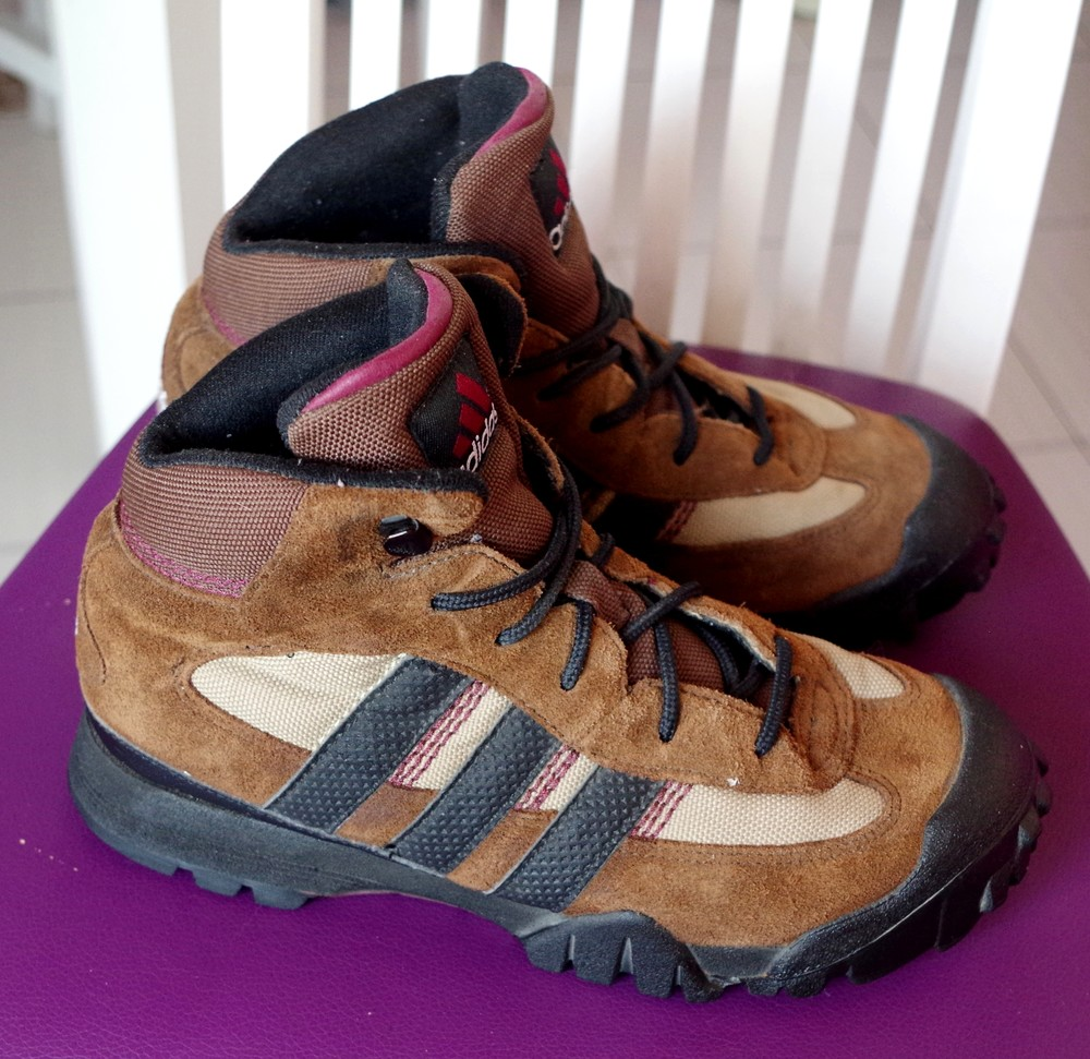 Ботинки Adidas 38р - стелька 25см фото №1