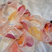 Frank lloyd wright. Нежный шелковый шарфик, из коллекции Мома Фрэнка Ллойда Райта