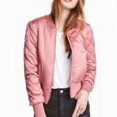 Модная молодежная женская куртка(бомбер)  размер М (10) , новая с бирками в наличии