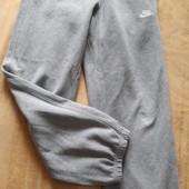 Спортивные утеплённые штаны Nike оригинал р.46