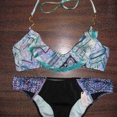 Новый яркий купальник бандо с воланом с рюшами Victoria's Secret оригинал бралетт топом бирюза