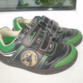 туфли кроссовки Clarks  7 F( 24 ) , 15 см  сост.хорошее, мигалки работают зеленым на левом сверху не