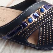 Женские кожаные  сабо с синими камнями и стразами,Турция,размеры 37-41