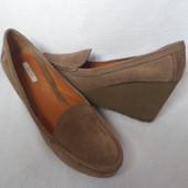 Geox кожаные оригинальные туфли 39. 5