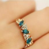 """Золотистое кольцо """"Кристалы"""""""