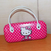 Фирменная сумочка-косметичка Hello Kitty для девочки