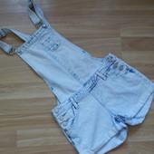 Фирменный джинсовый комбинезон 915  11 лет состояние отличное