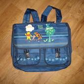 Рюкзак 42*32 в хорошем состоянии, твердая спинка