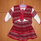 Вишитий нарядний костюм для дівчинки 2-4р