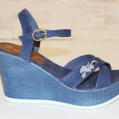 Босоножки синие женские джинсовые