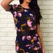 Стильное женское платье в цветочный принт на лето