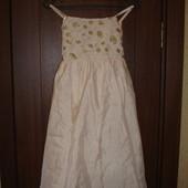 Фирменное нарядное платье цвета шампанского девочке 10 лет