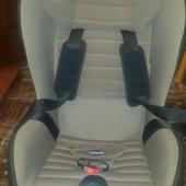 Автомобильное кресло Чикко