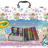 Crayola Набор для детского творчества холодное сердце 140 предметов в чемодане frozen art case style