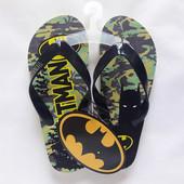 Шльопанці брендовані Batman для хлопців 32-35р OVS Італія