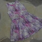 Ажурное, плотное платьице George на девочку 9-10 лет