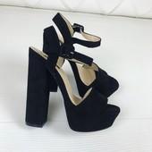 Босоножки черные на высоком каблуке Vices