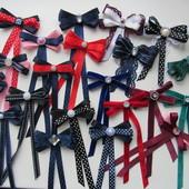 Бантики брошь галстук бархат в школу для девочек. В наличии!