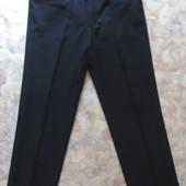 Черные классические брюки 46-48 рам.