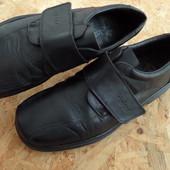 Фирменные туфли Rieker размер 43-44 длина стельки-29,5