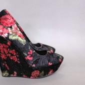 Крутые велюровые туфли на платформе 36 размер