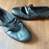 Кожаные балетки JanetD 39р.