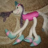 прикольная собака Barbie на каблуках