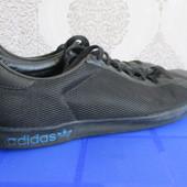Кроссовки Adidas (42)