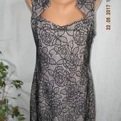 Новое платье с кружевом Jane Norman