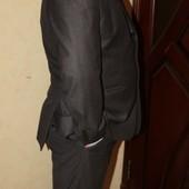 Качественный мужской костюм р. 54