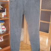 Модні джинси для стильного хлопця,розмір W-30.L-32