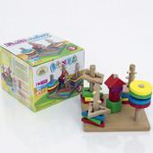 Деревянная пирамидка - ключик 0450