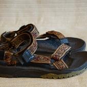 Фирменные текстильные сандали Teva Terradactyl  сша. M 7.  W 9.