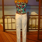 Белые джинсы скинни рваные р.25-26 ZARA