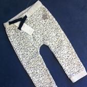 Симпатичные штанишки с акулами (на 2 года)