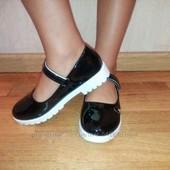 Красивые и модные лакированные туфли 31-34р. Качество отличное!