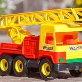Пожарная машина Wader Middle truck 39225, Вадер Польша