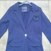 Пиджак в школу новый