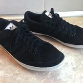 Кроссовки Adidas оригинал размер 44 по стельке 29,5см, отл.сост.