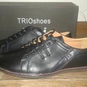 Новые туфли для мужчин и подростков