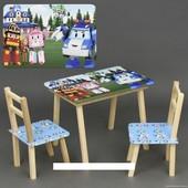 Столик с ящиком и двумя стульями деревянные