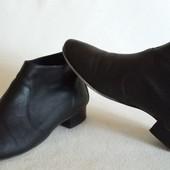 Кожаные брендовые ботинки  Roberto Santi ( Италия) p. 38 стелька 25 см