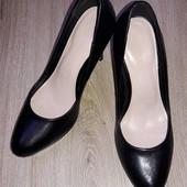 Туфли Marks Spenser р.39 стелька 25,5 см.